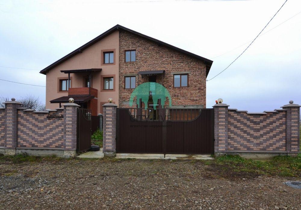 Будинок з ремонтом в передмісті Франківська, фото/планування