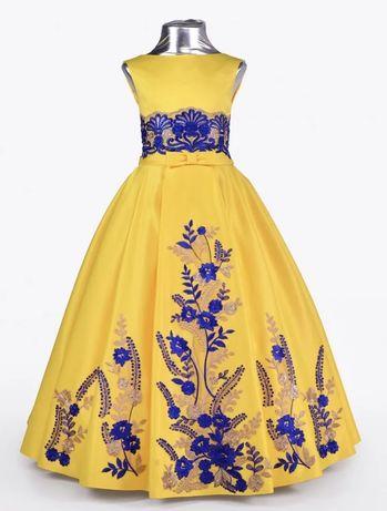 Платье желтое атласное, на выпускной длина платья 90см