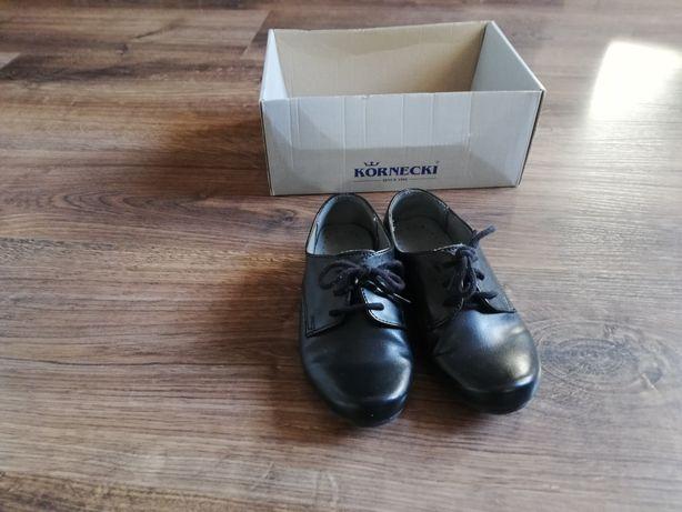 Buty dla chłopca r. 26 eleganckie