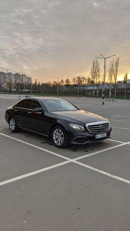 Mercedes Benz e-class 220