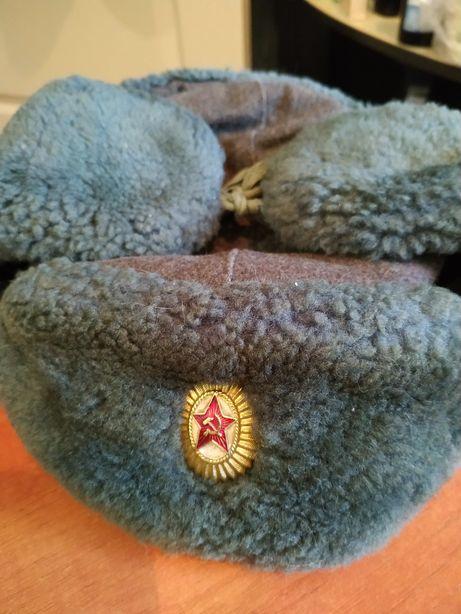 Продам шапку зимнюю офицерскую.СССР