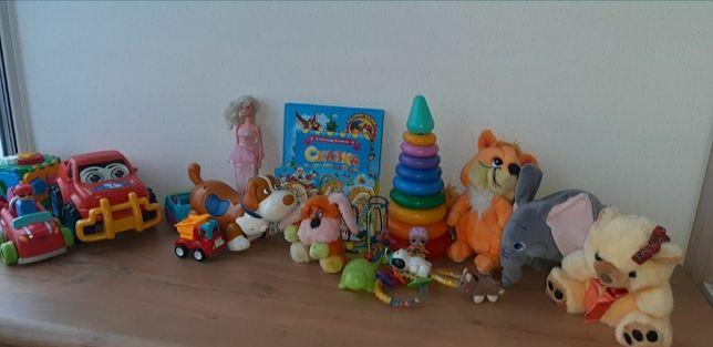 Машинки, мягкие игрушки, интерактивная собачка, Барби