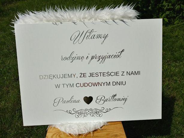 Tablica powitalna na sale weselną