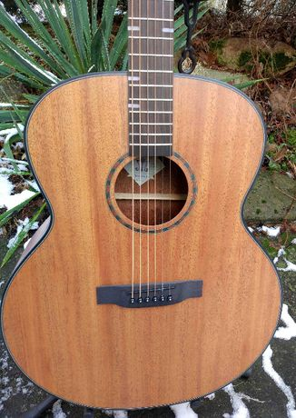 Nowa gitara akustyczna Barcelona Morrison Jumbo-OKAZJA