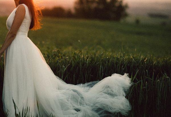 Elegancka suknia ślubna 34/36