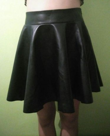 Школьная черная юбка 46 размер