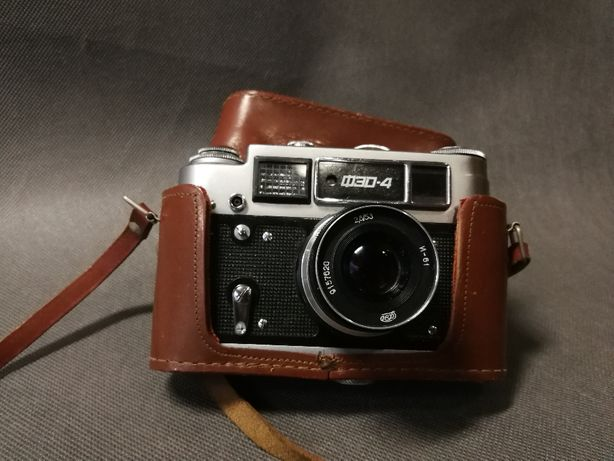 Aparat fotograficzny analogowy USSR FED 4 – Zobacz !