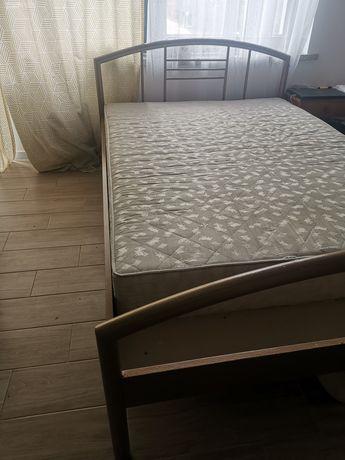 Łóżko z 230/140 używane