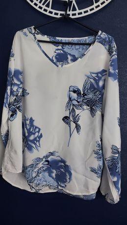Bluzka w kwiaty 44