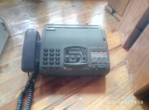 Факс  Panasonic  KX-F890