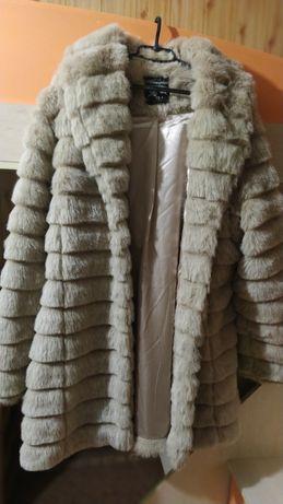 Шуба одягалась один раз можна сказати що нова)) розмір 46-48