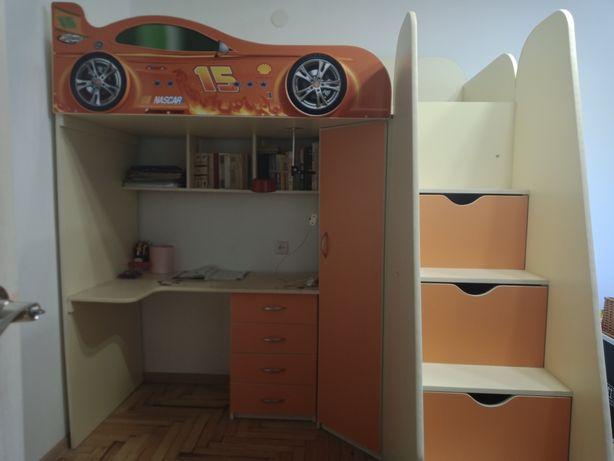 Детская кровать чердак машинка, модульная стенка.