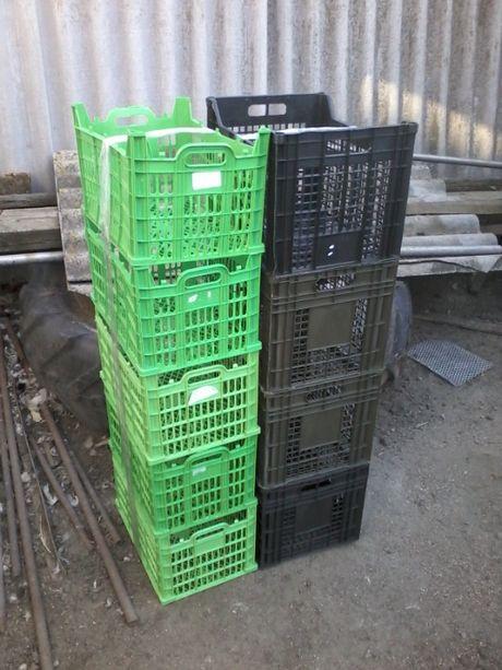 Пластсмасовые ящики