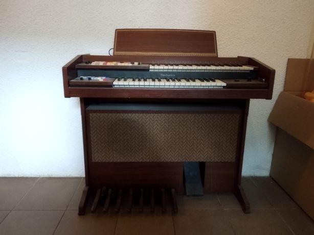Pianino elektryczne Technics