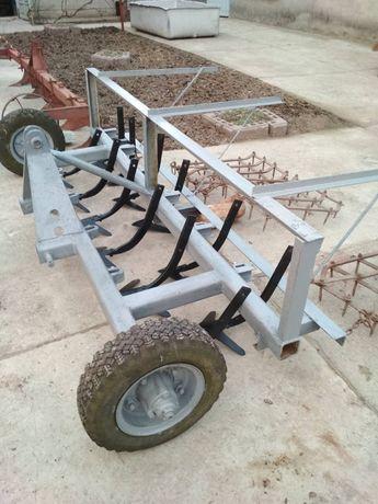 Продається тракторний навісний культиватор