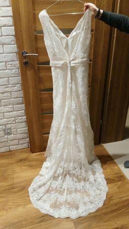 Suknia ślubna CORUNA, rozmiar 38, w idealnym stanie, jak nowa