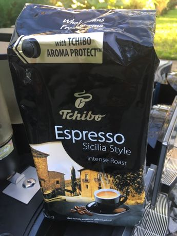 Кава в зернах Tchibo Sicilia, Milano, Black-white.