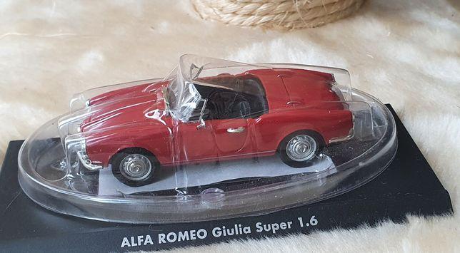 Alfa Romeo Giulia Super model w skali 1:43 Solido nowy