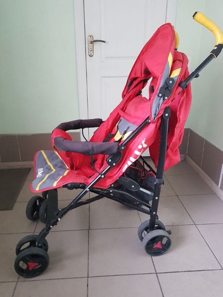 Продам детскую коляску (ТРОСТЬ) хорошее состояние