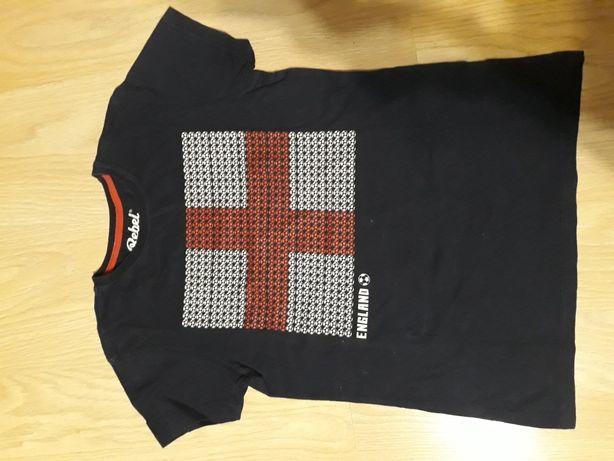 Sprzedam koszulkę 152
