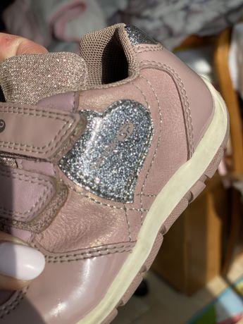 Детские Кроссовки ботинки мокасины туфли  сникерсы  р.24 Geox