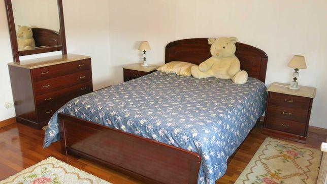 Mobília quarto casal, cama com gavetões
