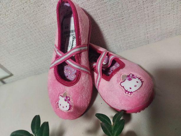 Туфельки,черевички,тапочки для девочки,розовые