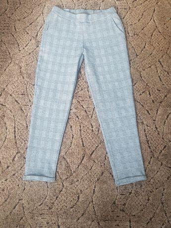 Spodnie cygaretki S