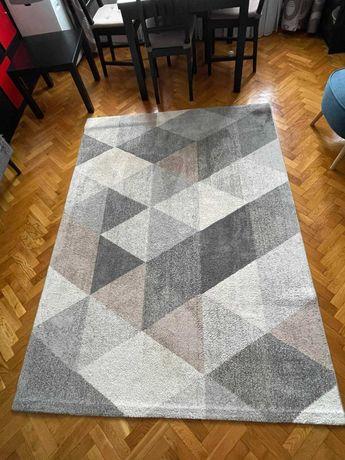 DYWAN 160x220 cm( szaro-biały, używany)