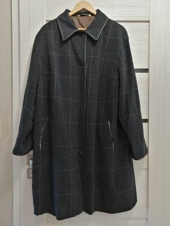 Płaszcz ciepły elegancki r. 48-50-52