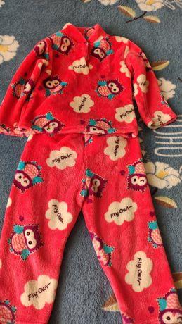 Продам махровую пижамку для девочки!