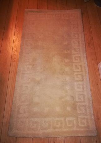 Lindo conjunto de 3 tapetes de quarto de excelente qualidade