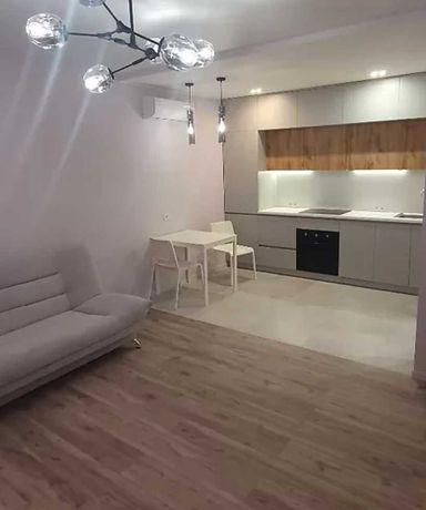 Аренда шикарной 1к/кв + кухни студии в ЖК Новомастицкий на Виноградаре