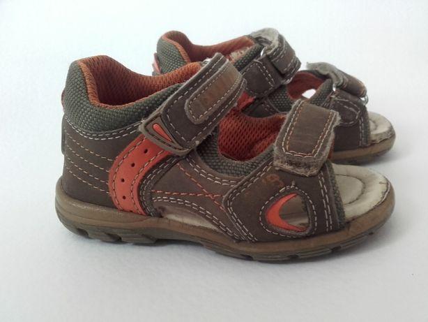 Sandałki r21