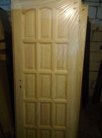 drzwi drewniane z futryną (ościeżnicą)-nowe