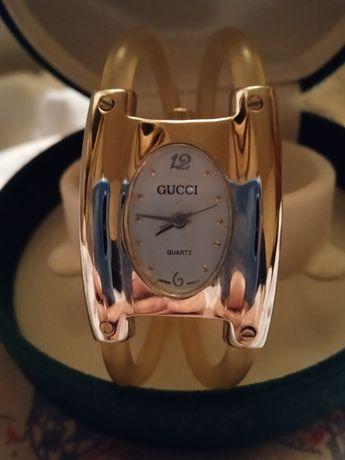 Часы GUCCI оригинальные