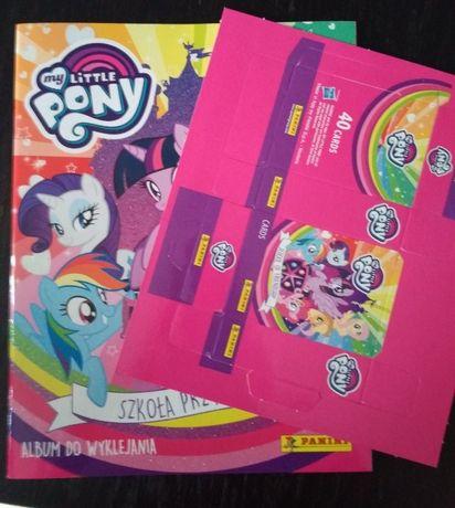 album na naklejki My Little Pony Szkoła Przyjaźni i pudełko na karty