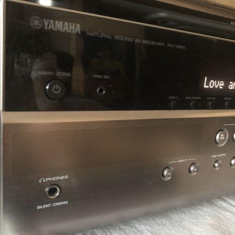 Amplituner 4K Yamaha RX-V681 / BD-S681