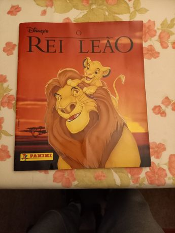 Caderneta cromos do rei leão