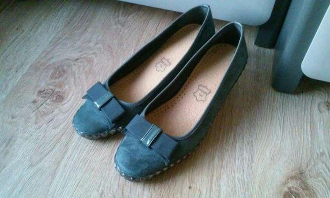 Buty / sandałki na koturnie skórzane w kolorze grafitu! ! ! Rozmiar 40