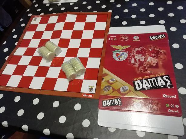 Jogo de damas Benfica