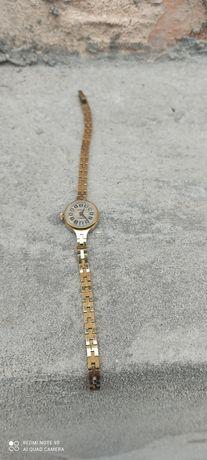 Часы женские чайка 17 камней