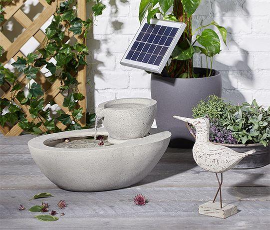 Ogrodowa fontanna solarna