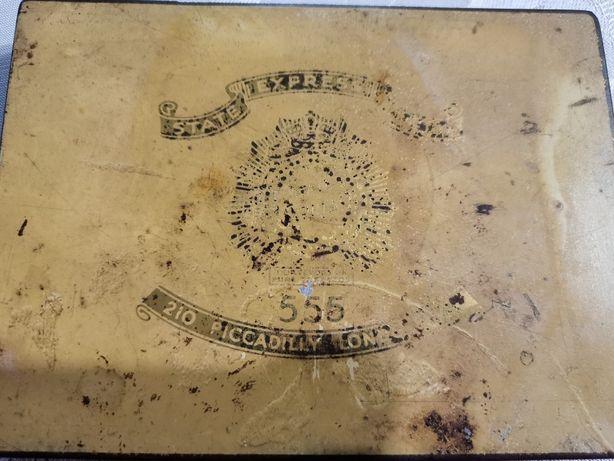Caixa de Cigarros Muito Antiga
