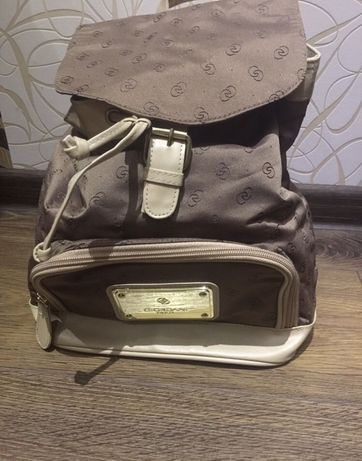 Рюкзак,сумка Giordani Gold.
