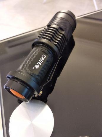 Lanterna Cree Q5 potência de 500 Lúmens (Nova)