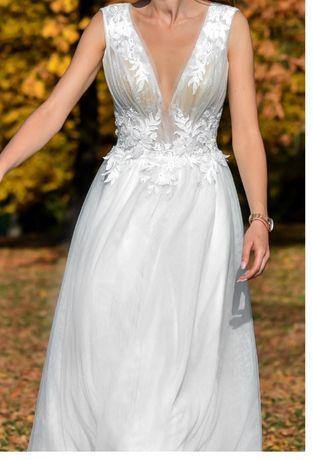 Suknia ślubna z rozporkiem, rozcięciem bamako, ecru, lekka, delikatna