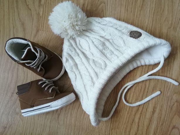 Czapka buty