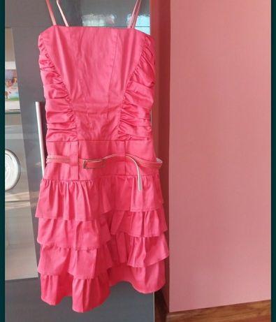 Malinowa sukienka 36