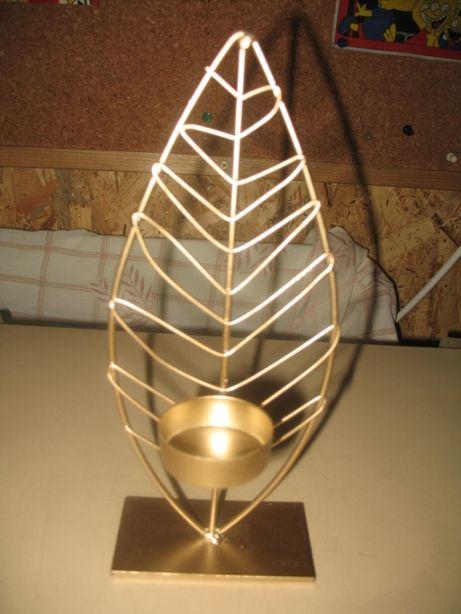 Vende suporte dourado para vela decorativa
